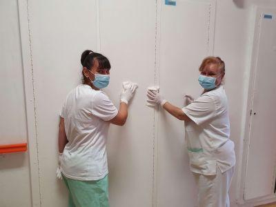 """,,Najkrajšie na našej práci je možnosť pomáhať pacientom,"""" zhodujú sa sanitárky z handlovskej nemocnice"""