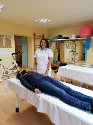 Problémy s chrbticou sú novodobým civilizačným ochorením. Až polovicu pacientov v Handlovej na rehabilitácii trápi práve chrbtica